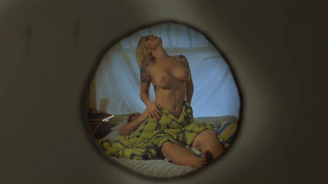Mischa barton nude ass