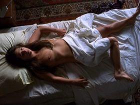 Antje de Boeck nude - Magonia (2001)