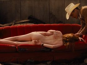India Menuez nude, Ellie Bamber nude - Nocturnal Animals (2016)