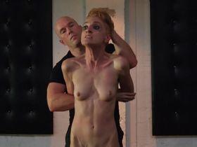 Lea Lawrynowiczo nude - Clutch s02e00 (2013)
