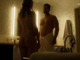 Franziska Weisz nude, Stefanie Stappenbeck nude - Niemand ist eine Insel (2011)