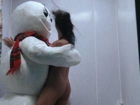 Shannon Elizabeth nude - Jack Frost (1997)