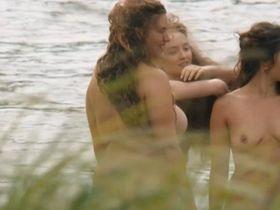 Alexia Giordano nude, Philippine Pierre-Brossolette nude - Cezanne et moi (2016)