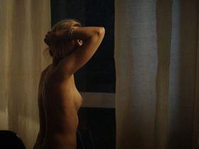 Ursina Lardi nude - Sag mir nichts (2016)