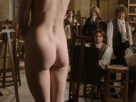 Gaelle Bona nude - Une femme dans la Revolution s01e01 (2013)