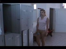 Marika Soposka nude - Nadeje zitrka (2006)