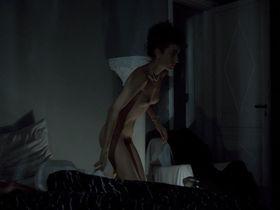 Pascale Ogier nude - Les nuits de la pleine lune (1984) #2