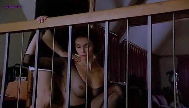 Alessandra Martines  nackt