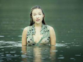 Alicja Bachleda sexy - Ondine (2009)