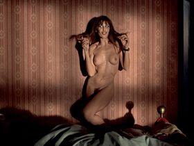 Barbara Lerici nude, Chiara Caselli nude - Sleepless (2001)