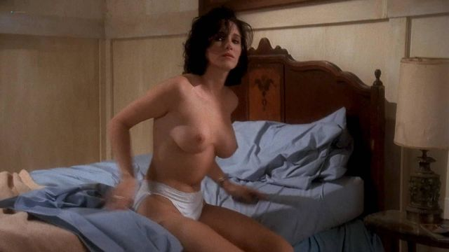 Superstar Carrie Fisher Nude Playboy HD