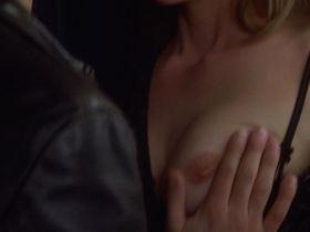 Diane Lane nude - Unfaithful (2002)