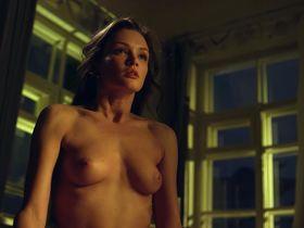 Paulina Andreeva nude - Ottepel s01e01 (2013)