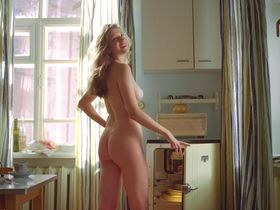 Anna Chipovskaya nude - Ottepel s01e05 (2013)