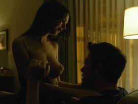 Emily Ratajkowski nude - Gone Girl (2014)