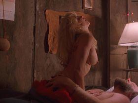 Linnea Quigley nude - Pumpkinhead 2 (1993)