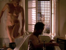 Kristin Scott Thomas nude - The English Patient (1996)