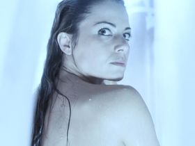 Erica Durance sexy - Smallville s04-07 (2004)