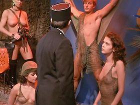 Fanny Bastien nude - Pinot Simple Flic (1984)