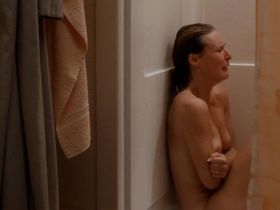 Glenn Close nude, Meg Tilly sexy - The Big Chill (1983)