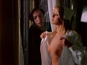 Gloria Guida nude, Paola Senatore nude - L'Infermiera di notte (1979)