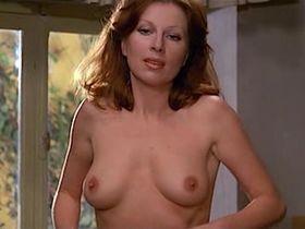 Gloria Guida nude, Anita Sanders nude - Quella Eta Maliziosa (1975)