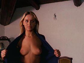 Gloria Guida nude, Annie Carol Edel nude - Blue Jeans (1975)