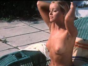 Gloria Guida nude, Colette Descombes nude - La ragazzina (1974)
