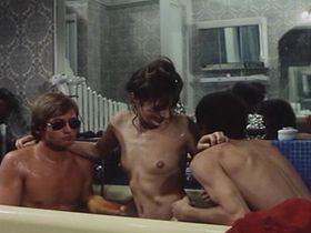 Jane Birkin nude - Serieux Comme Le Plaisir (1975)