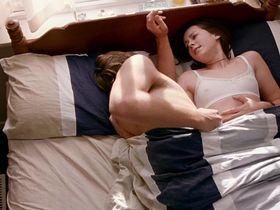 Jena Malone sexy - Saved (2004)