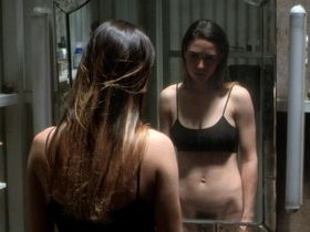 Jennifer Connelly nude - Requiem for a Dream (2000)