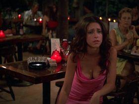 Jennifer Love Hewitt sexy, Sigourney Weaver sexy - Heartbreakers (2001)