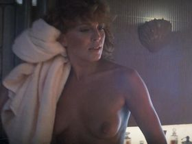 Joanna Cassidy nude, Sean Young nude - Blade Runner (1982)