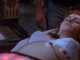 Julia Roberts sexy - Flatliners (1990)