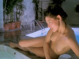 Liliana Komorowska nude, Valerie Valois nude, Claire Cellucci sexy - Scanners 3 (1991)