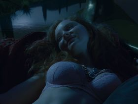 Lily Cole sexy - The Imaginarium of Doctor Parnassus (2009)