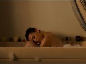 Liv Tyler sexy - The Strangers (2008)