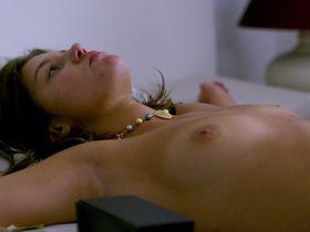 Adele Exarchopoulos nude, Gemma Arterton nude - Orpheline (2016)