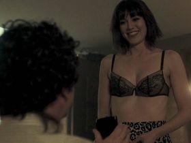 Mary Elizabeth Winstead sexy - Fargo s03e05 (2017)