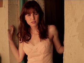 Natalia de Molina nude - Vivir es facil con los ojos cerrados (2013)
