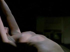 Natalia Worner nude - 20 nuits et un jour de pluie (2006)