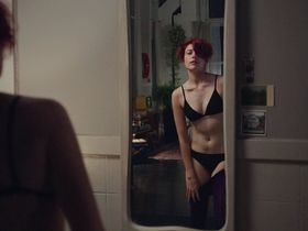 Nathalie Love nude, Greta Gerwig sexy - 20th Century Women (2016)