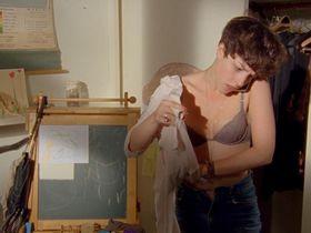 Olivia Thirlby sexy - Nobody Walks (2012)