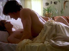 Samantha Morton nude, Holly Hunter nude - Jesus' Son (1999)