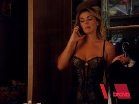Serinda Swan sexy - Graceland s03e09 (2015)