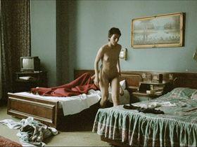Sibel Kekilli nude, Catrin Striebeck nude - Gegen die Wand (2004)