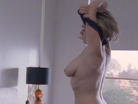 Sonya Walger nude - Tell Me You Love Me s01e01-06 (2007)