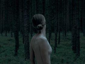 Susanne Wuest nude - Ich seh ich seh (2014)