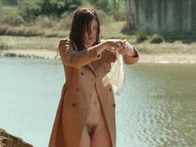 Valerie Donzelli nude, Patricia Andre nude - Les grandes ondes (2013)