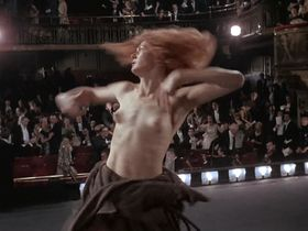 Vanessa Redgrave nude - Isadora (1968)